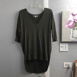 Express quarter sleeve top
